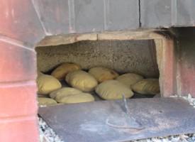 """Saperi e Sapori: laboratorio sul pane con lievito naturale """"sa madrighe"""""""